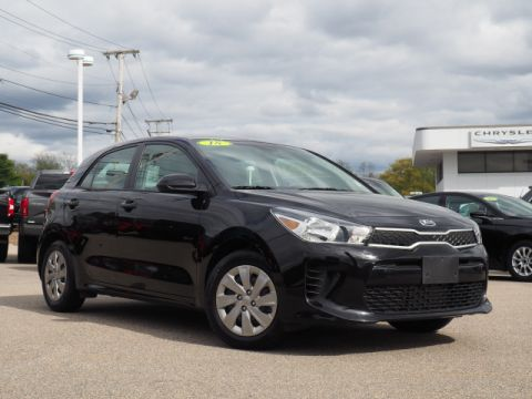 Pre-Owned 2018 Kia Rio 5-Door S
