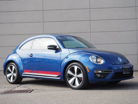 Pre-Owned 2014 Volkswagen Beetle R-Line PZEV